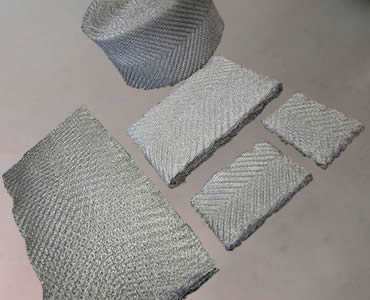 Several filters made of ginned knitted wire mesh, but no compressed.